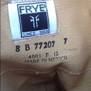 Frye Shoes - Frye Carson Leather Western Riding Boots 8 77207